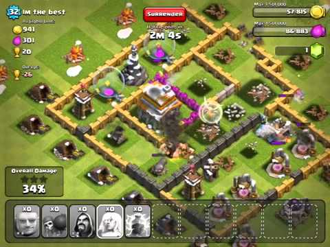 Clash of Clans Christmas Tree